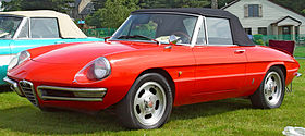 Alfa-Romeo Duetto Red
